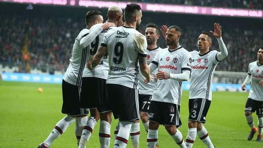 Galatasaray'ın gözdesiydi, Beşiktaş'a geliyor! Golcü transferinde flaş gelişme