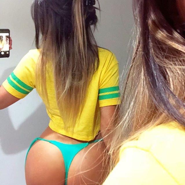 'Seksi İtalyan hakem Dünya Kupası için rengini öyle bir belli etti ki...