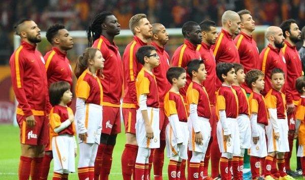 Ve Galatasaray'da 3 futbolcu için karar verildi! Yönetim resmen bildirdi