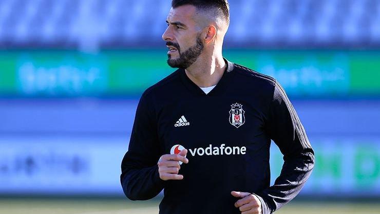 <h2> Negredo: Beşiktaş'ta kalıyorum</h2>
