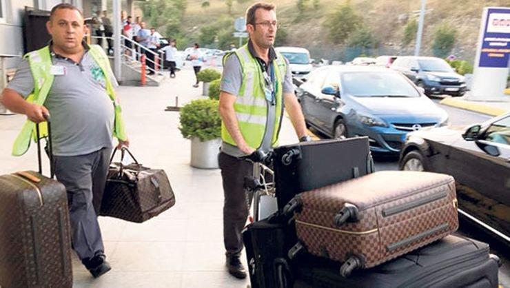 <h2>Andre Ayew'in bavulları dikkat çekti!</h2>