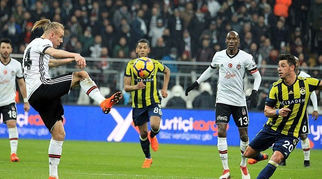 Fenerbahçe'den yılın transfer çalımı! Beşiktaş'ın elinden alıyor