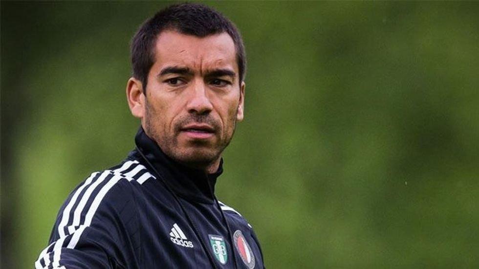 <h2>Feyenoord'da Van Bronckhorst şoku</h2>