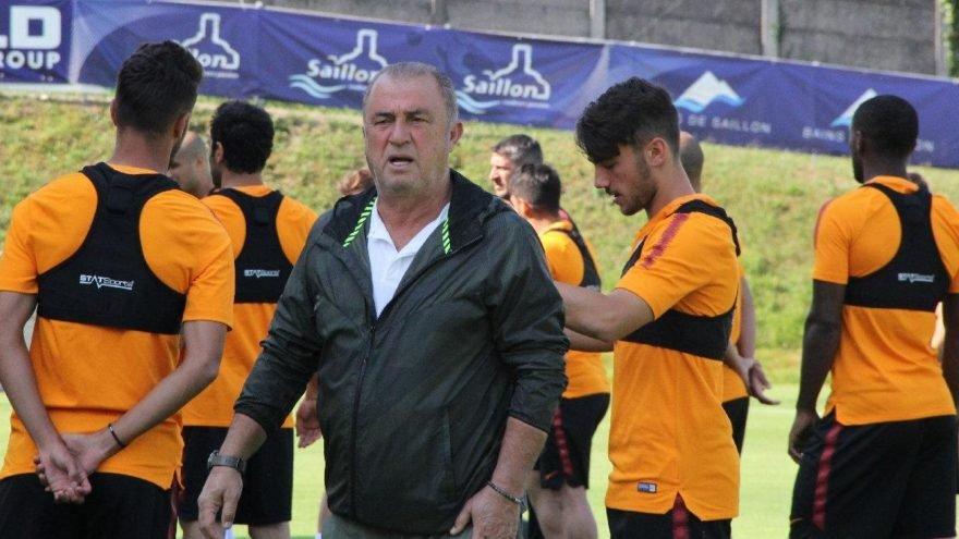 <h2>Galatasaray Haberleri: Fatih Terim'den tebrik alan oyuncular</h2>
