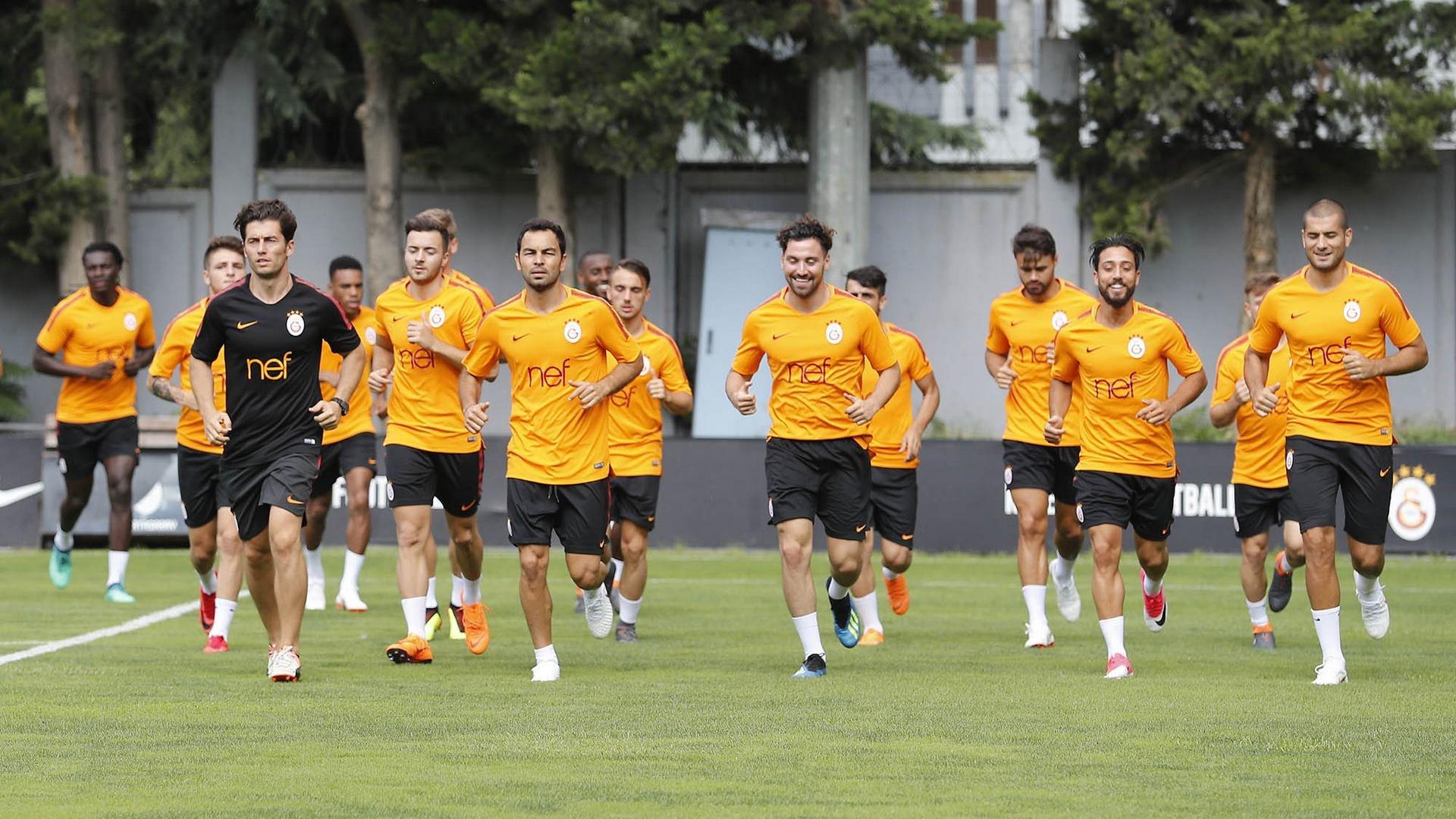 Galatasaray için yıldız futbolcudan dev iddia: Tarih yazmak istiyorum