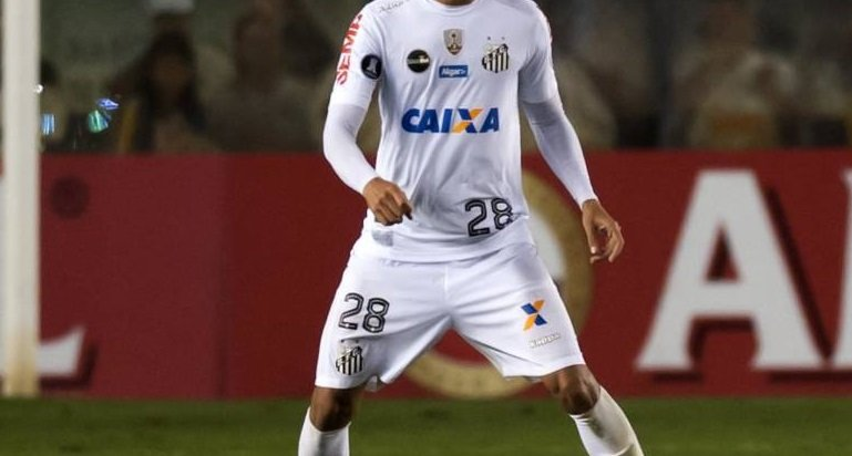 Galatasaray'a Santos'tan 23'lük stoper! Sürpriz iddia
