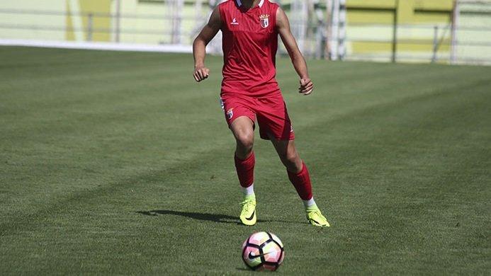Galatasaray'ın peşinde olduğu genç futbolcu! Transfer...