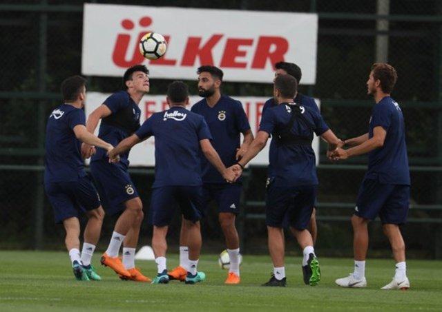 Sevilla, Fenerbahçe'nin transferine göz koydu! Sportif Direktör devreye girdi
