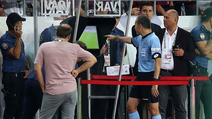 <h2> TFF Süper Kupa'da VAR devreye girdi</h2>