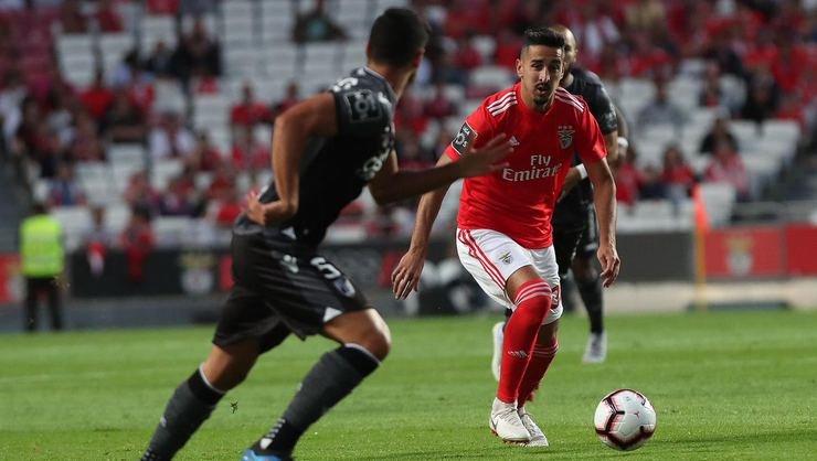 <h2>Benfica, lige galibiyetle başladı</h2>