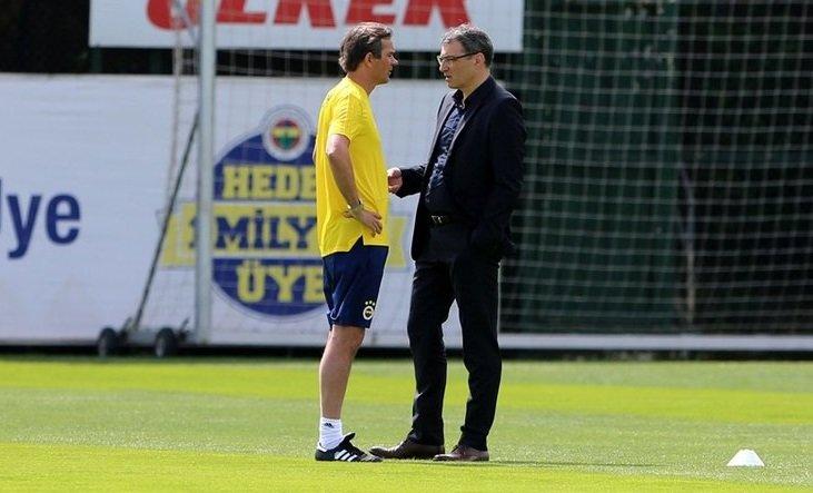 Fenerbahçeli yıldıza Bundesliga'dan talip! Son karar Cocu'nun...