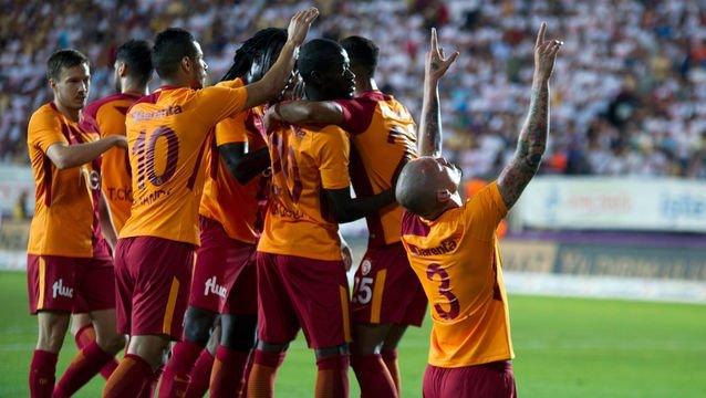 Galatasaray'ın gözü kulağı İngiltere'de! Transferde kritik gün