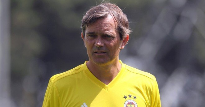 Philip Cocu'dan 171 milyon euroluk transfer çılgınlığı