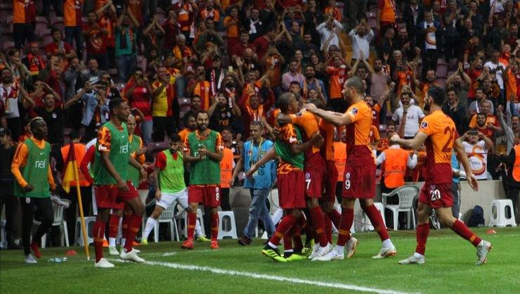 <h2> Galatasaray'da hedef 3 maçta 9 puan</h2>