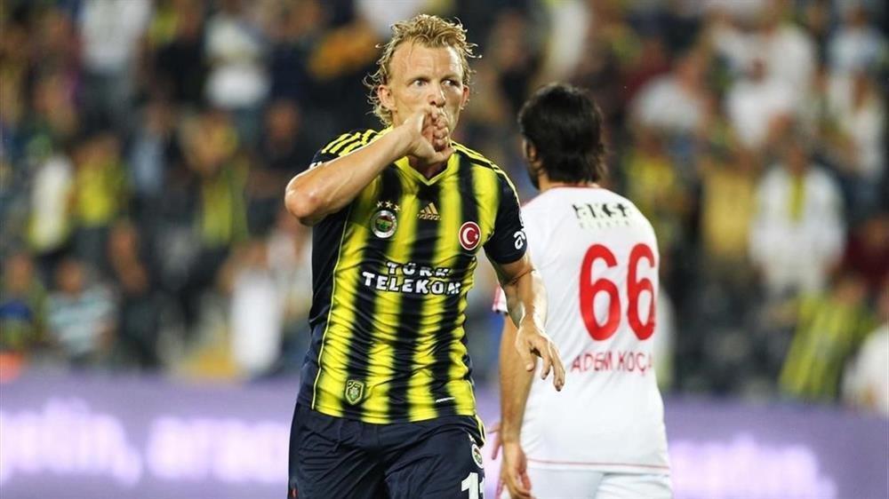 Fenerbahçe'de büyük sürpriz! Dirk Kuyt...