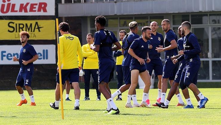 <h2>Fenerbahçe'de Konyaspor maçı hazırlıkları sürdü</h2>