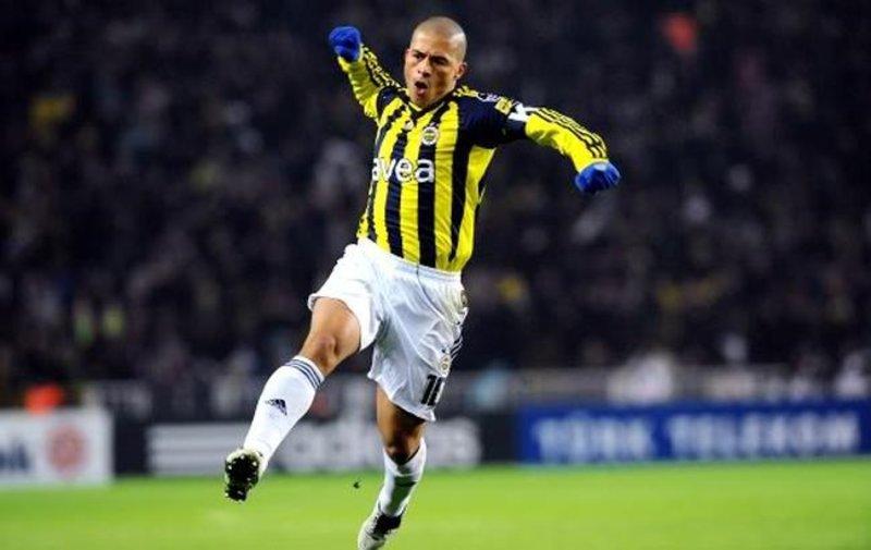 <h2>Fenerbahçe'den 6 yıl sonra 'İyi ki doğdun Alex'</h2>