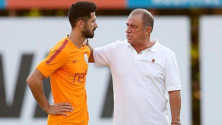 <h2>Galatasaray'ın gizli forveti Emre Akbaba!</h2>