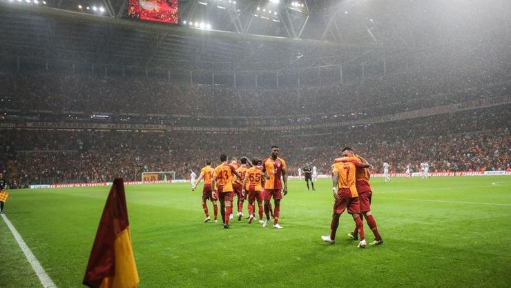 <h2>Gomis'siz Galatasaray gol sorunu yaşamıyor</h2>
