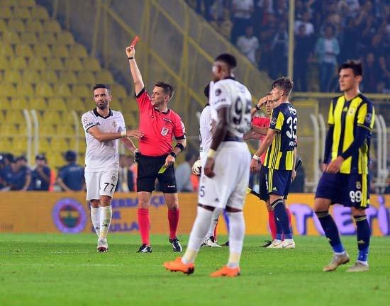 Mehmet Demirkol'dan Caner Erkin'in kırmızı kartı için flaş sözler; \