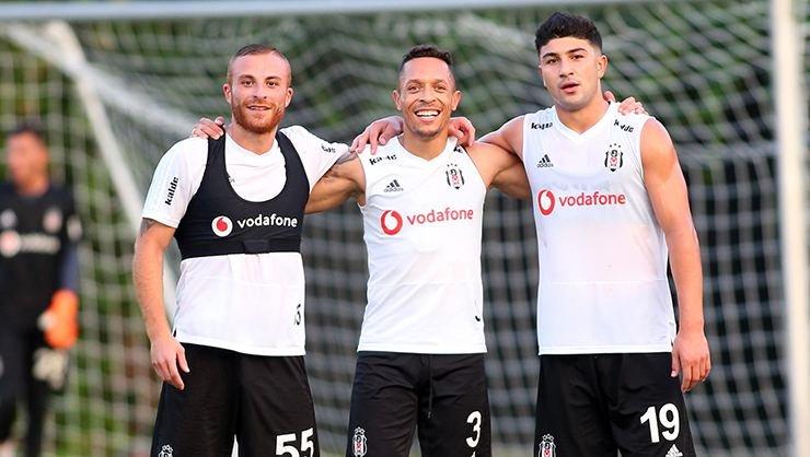 <h2>Beşiktaş'a Adriano müjdesi</h2>