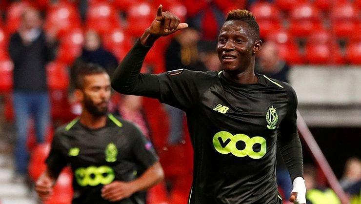 <h2>Beşiktaş'a forvete sürpriz isim: Moussa Djenepo!</h2>