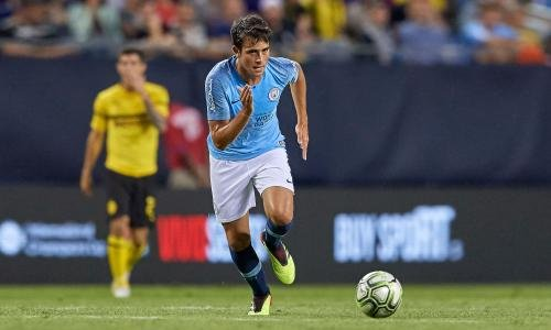 <h2>Eric García - Manchester City</h2>