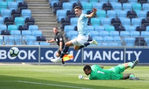 <h2>Nabil Touaizi - Manchester City </h2>