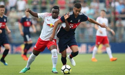 <h2>Oliver Batista Meier - Bayern Münih </h2>
