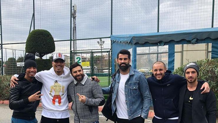 <h2>Fenerbahçe'de kadro dışılar bir arada</h2>