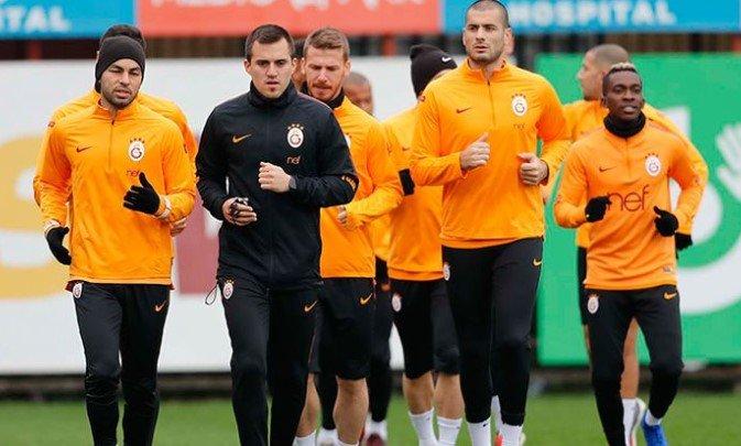 <h2>Galatasaray, Lokomotiv Moskova'ya bileniyor</h2>