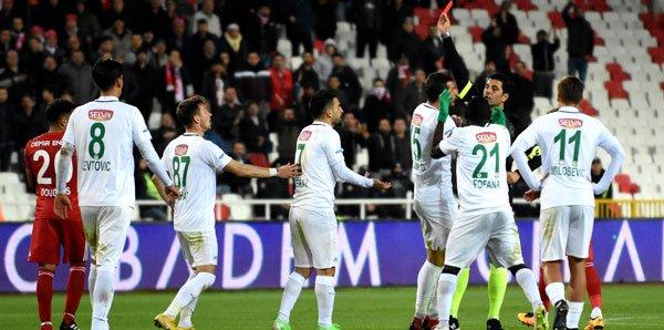 <h2>Konyaspor - 12 puan</h2>