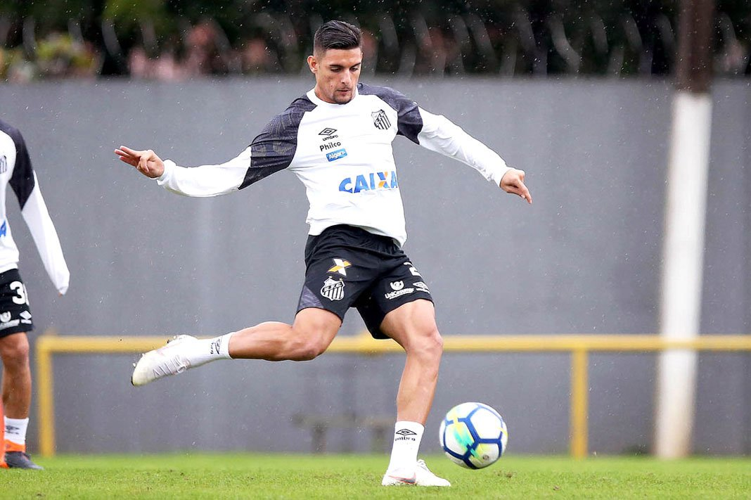 <h2>16 - Kaique Rocha</h2>