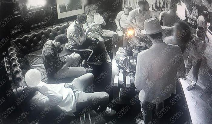 Mesut Özil'in şok görüntüsü... 70 kadınla partide skandal!