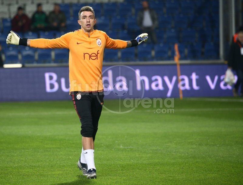 Muslera, Başakşehir maçında isyan ettirdi! Olay paylaşım