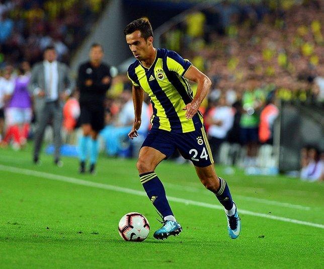 <h2>Fenerbahçe'ye geri dönmek istediğini açıkladı</h2>