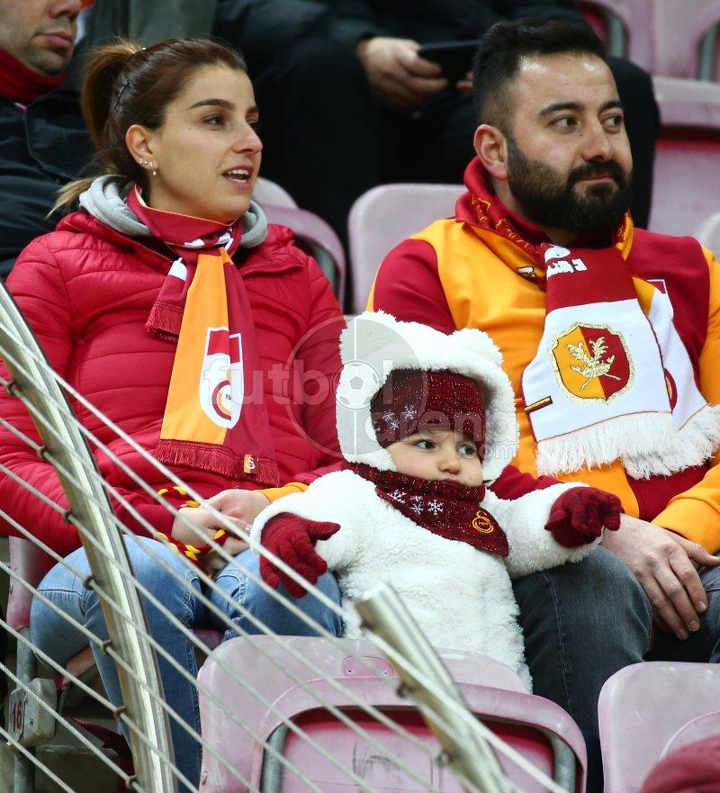 FutbolArena Galatasaray - Benfica maçında