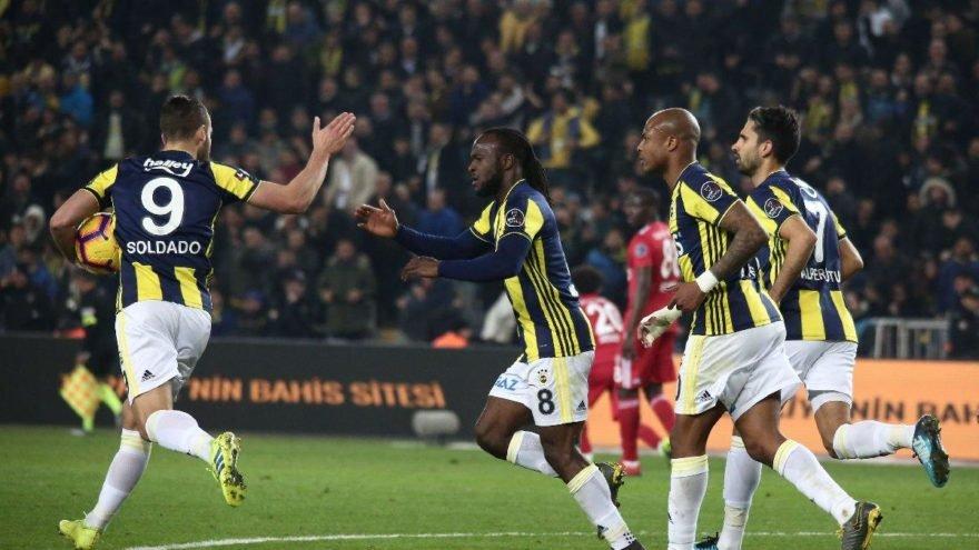 <h2>Beşiktaş çok istemişti... Dünyaca ünlü yıldız Fenerbahçe'ye!</h2>