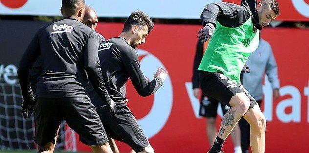 <h2>Beşiktaş'ta son dakika! UEFA kararı </h2>