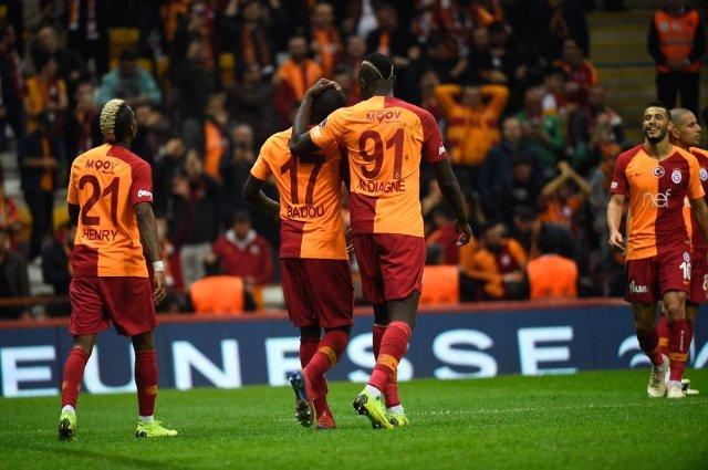 'Galatasaray yıldız futbolcunun fiyatını belirledi!