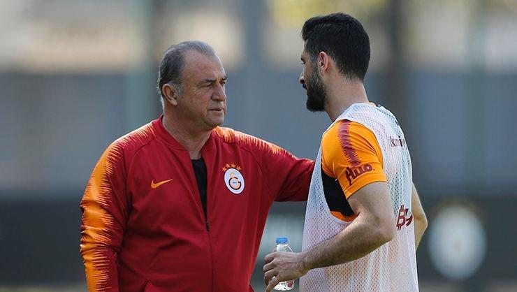'Galatasaray'da Emre Akbaba ve Nagatomo tehlikesi!