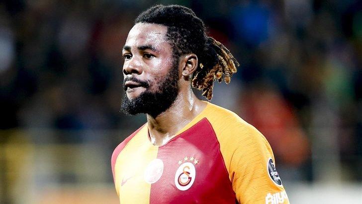 <h2>Galatasaraylı futbolcuya şok! Polis peşini bırakmadı </h2>
