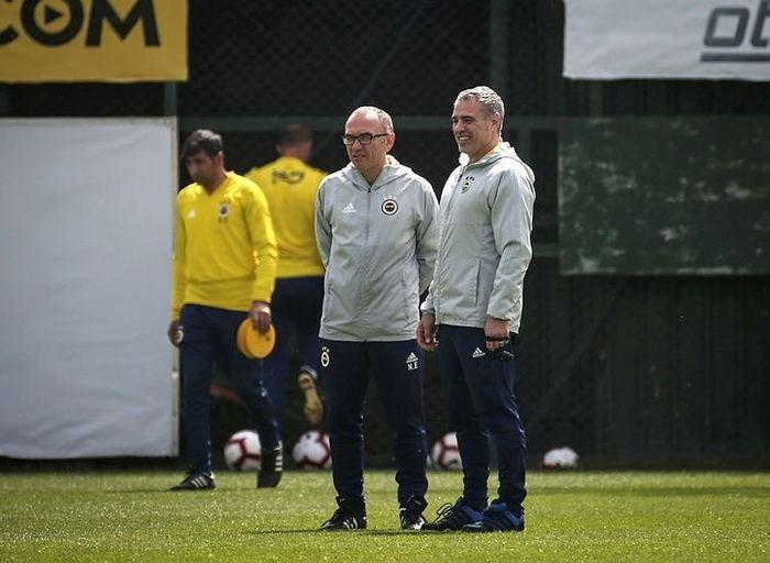 <h2>Fenerbahçe'nin transfer listesi ortaya çıktı</h2>