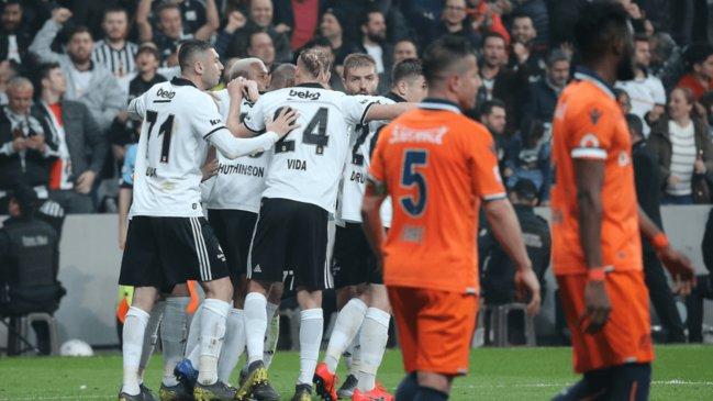 'Spor yazarları, Beşiktaş - Başakşehir maçına ne dedi?