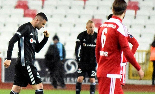 <h2>Spor yazarları, Beşiktaş - Sivasspor maçına ne dedi? </h2>