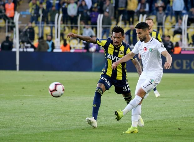 Spor yazarları, Fenerbahçe - Akhisarspor maçı için ne dedi?