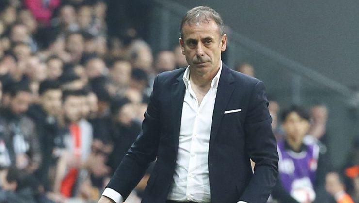 <h2>Adriano, Beşiktaş'ta kalacak mı?</h2>