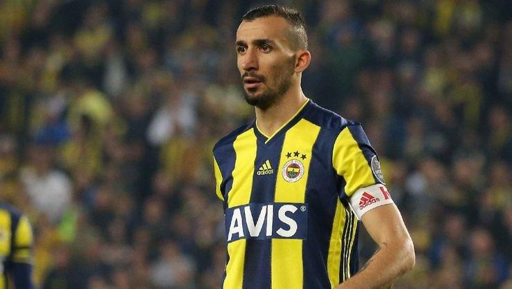 <h2>Başakşehir, Mehmet Topal'ı transfer edecek mi?</h2>