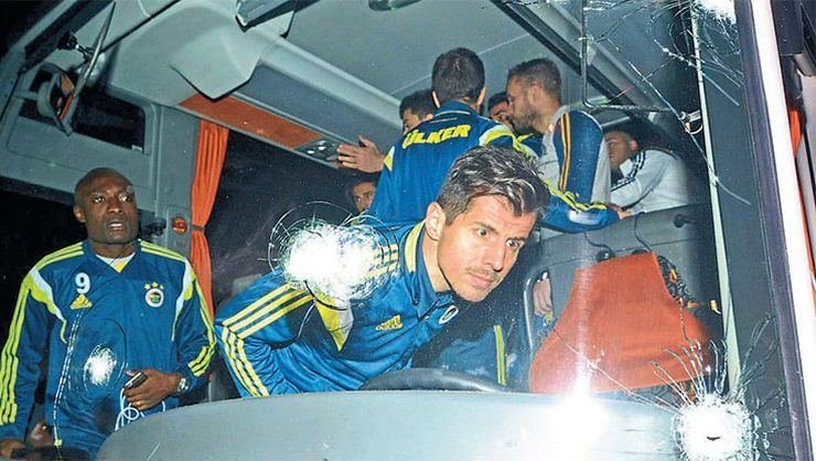 <h2>Fenerbahçe takım otobüsüne kurşunu kim sıktı?</h2>