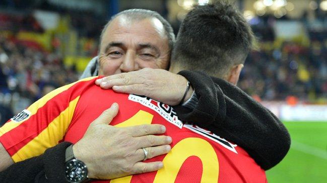 <h2>Galatasaray, Deniz Türüç'ü transfer edecek mi?</h2>